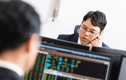 アレス投資顧問の市場分析力・口コミ・評判